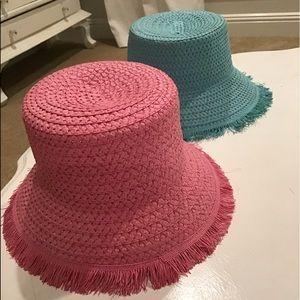 Accessories - Vintage straw hats!